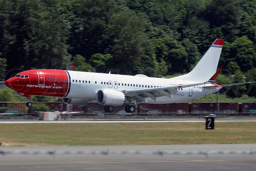 Boeing 737 MAX 8 Norwegian Air International EI-FYB LN6372