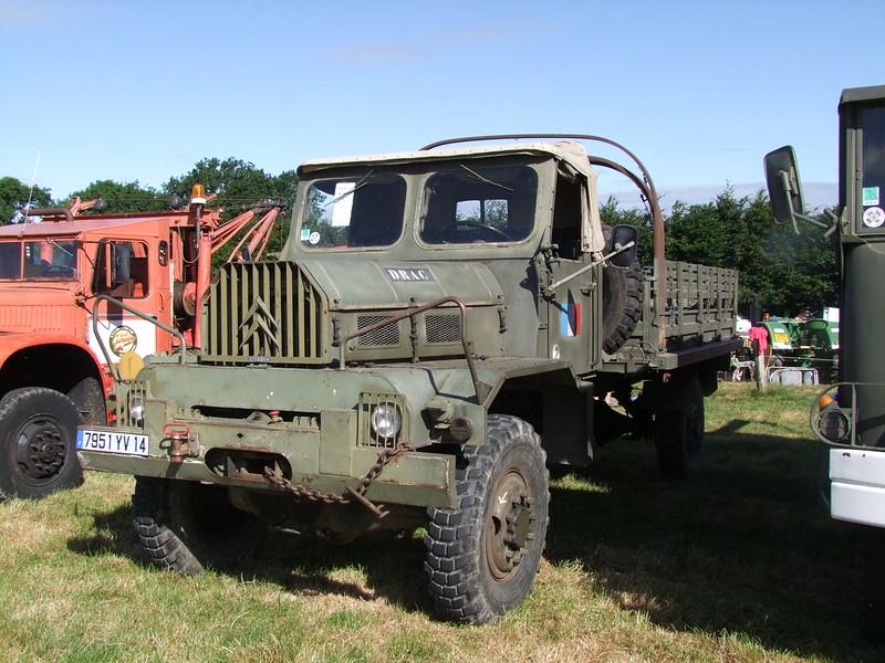 Rassemblement de camions anciens en Normandie 35144565800_b5d250286f_c