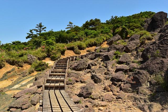 韓国岳登山 大浪池東回りの木道