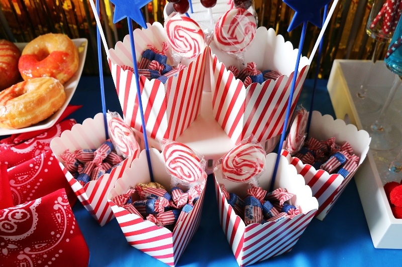 popcorn-containers-treat-bag-candies-10