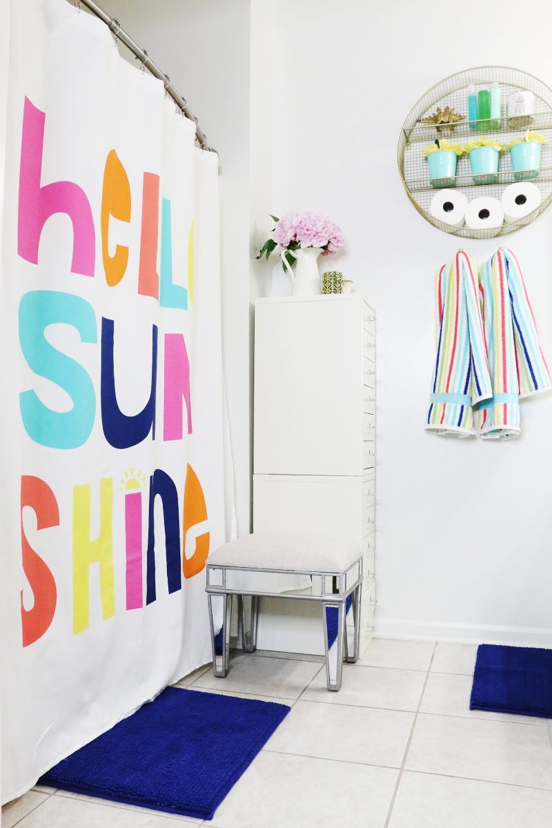 bright-colorful-bathroom-summer-refresh-bench-9