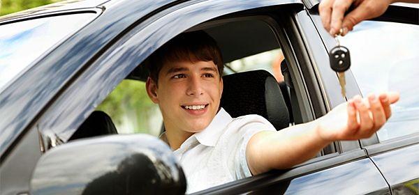 До кінця червня водійське посвідчення отримуватимуть за новими тестами