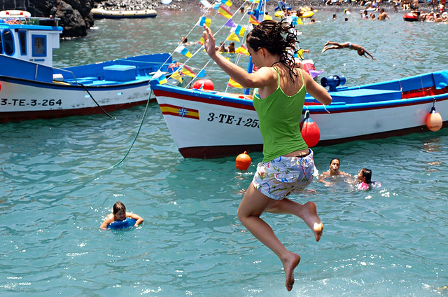 Keeping cool at July Fiestas in Puerto de la Cruz, Tenerife