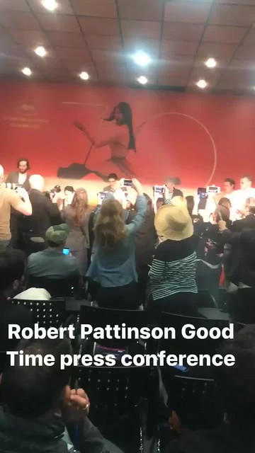 Rob Pattinson Arrival PressConference #GoodTime #Cannes2017