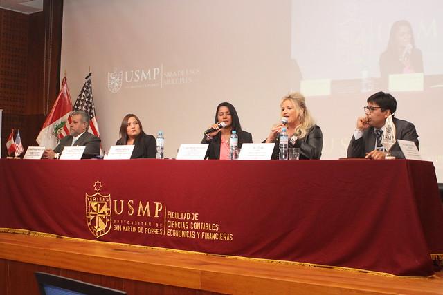 """Facultad de Ciencias Contables, Económicas y Financieras de la USMP desarrolló la segunda conferencia internacional: """"Criterios y claves para generar un negocio de éxito"""""""