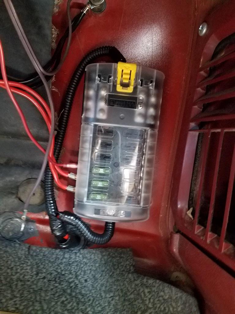 Ham radio power supply-fuse box | I've added this Blue Sea S