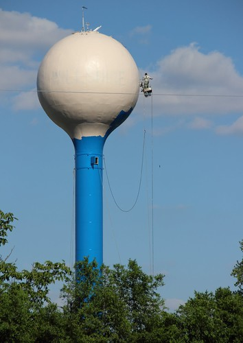 IMG_10180b_Painting_Water_Tower_in_Willshire_OH