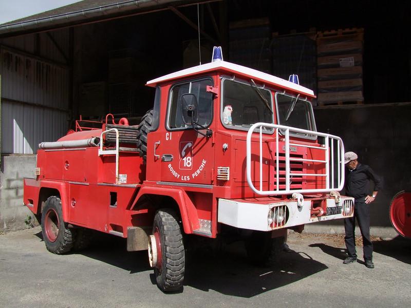 Rassemblement de camions anciens en Normandie - Page 2 35574405176_e1e8ee9608_c