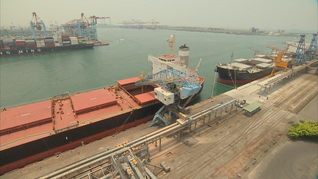 911-1-1 台灣每年要耗資數百億,向美國、巴西等國家採買高達四百萬噸的硬質玉米。