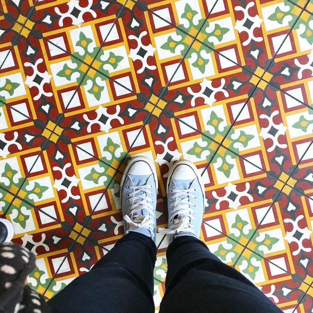 Bakchich tiles