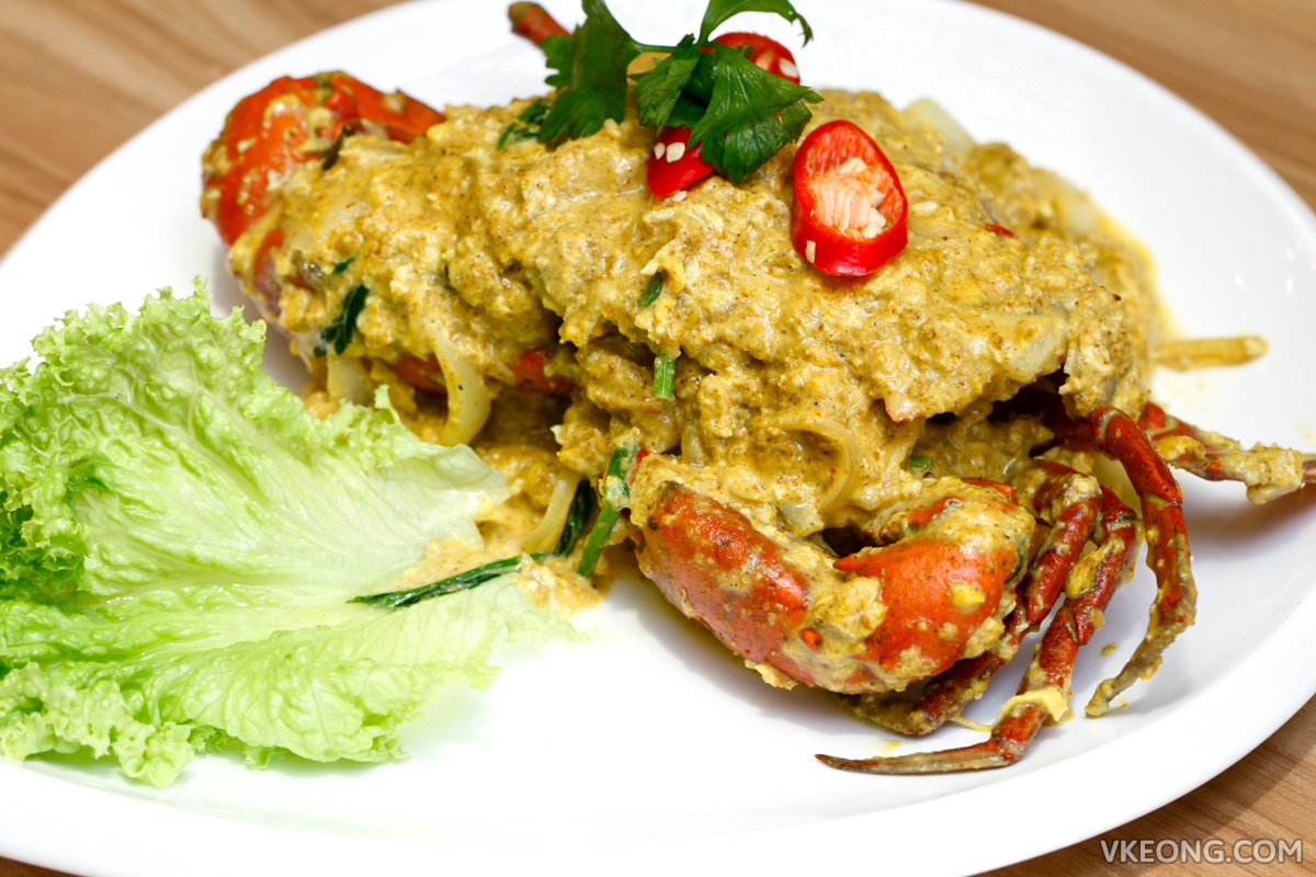 Baan Rao Fried Curry Crab