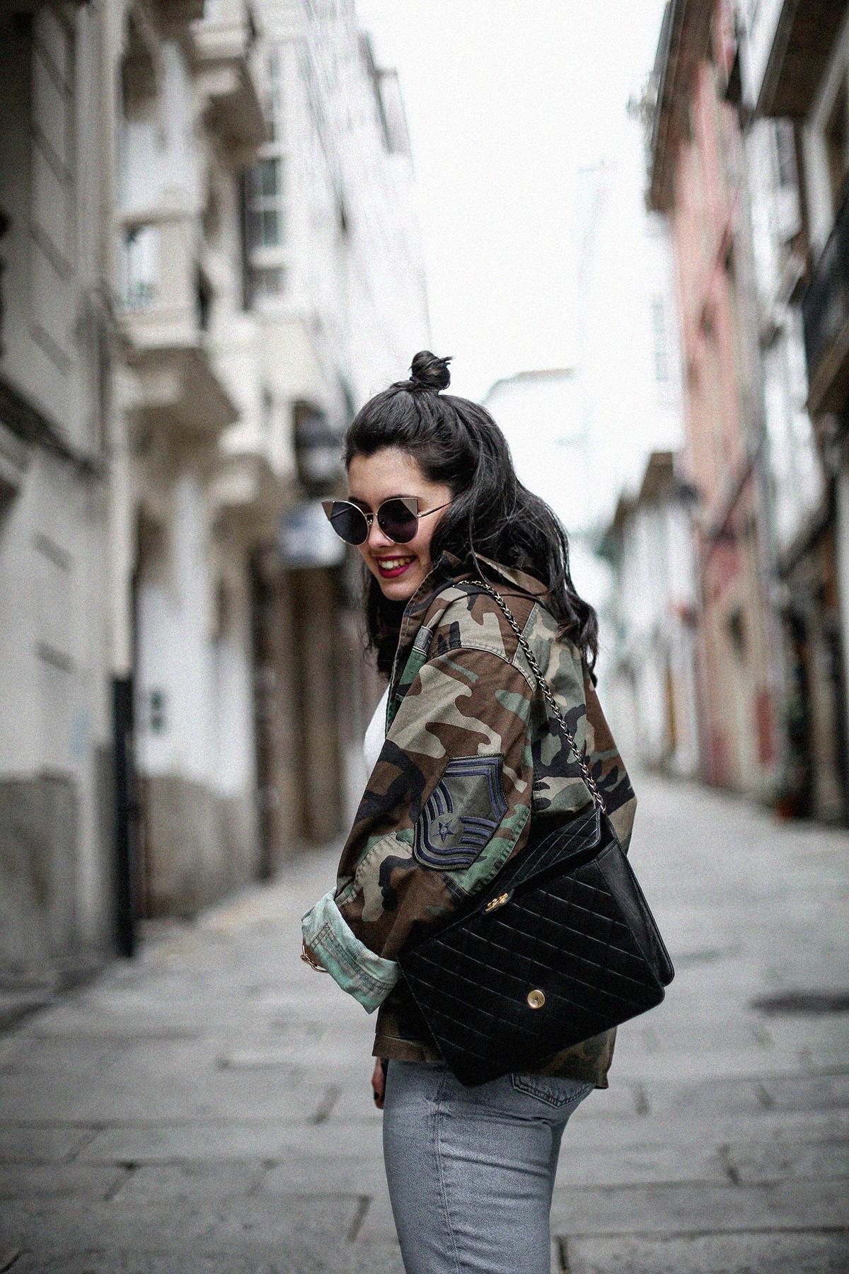 vintage-army-jacket-mom-jeans-espadrilles-myblueberrynightsblog8