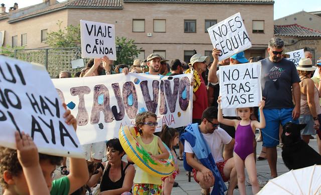 """¡DEVOLVEDNOS EL TAJO!"""