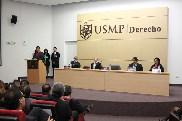 """Facultad de Derecho de la USMP celebró la  ceremonia """"Orgullo Sanmartiniano"""" donde homenajeó a los mejores alumnos del ciclo 2016-II"""