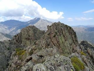 Les sommets 1 et 2 du CornuDellu et leurs cairns