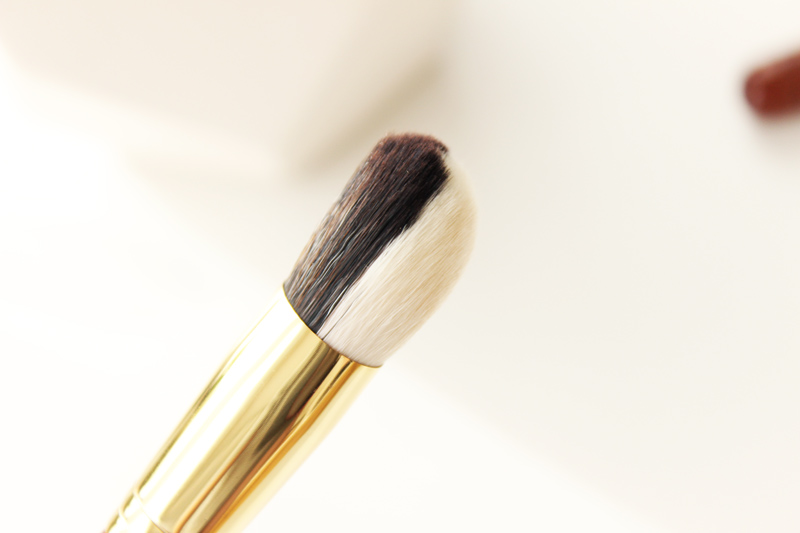 Bisyodo B-LF-01 Foundation Synthetic Brush