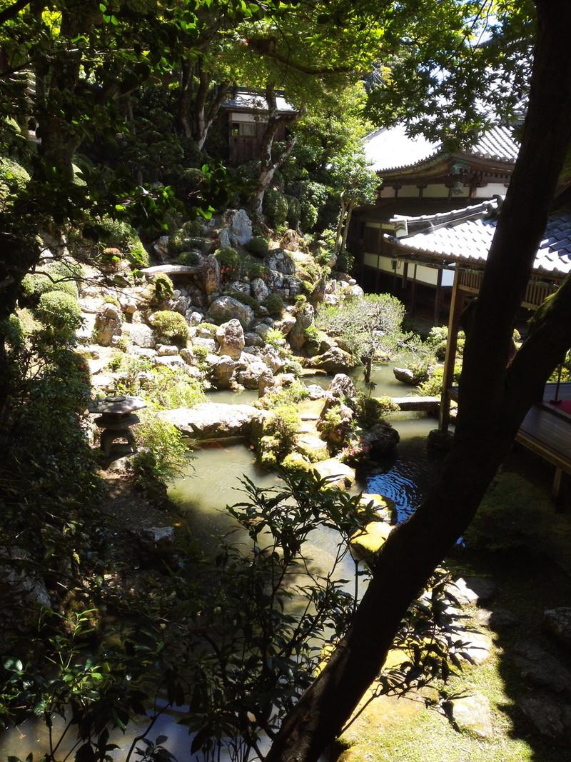 水琴窟の庭 柳谷観音 楊谷寺