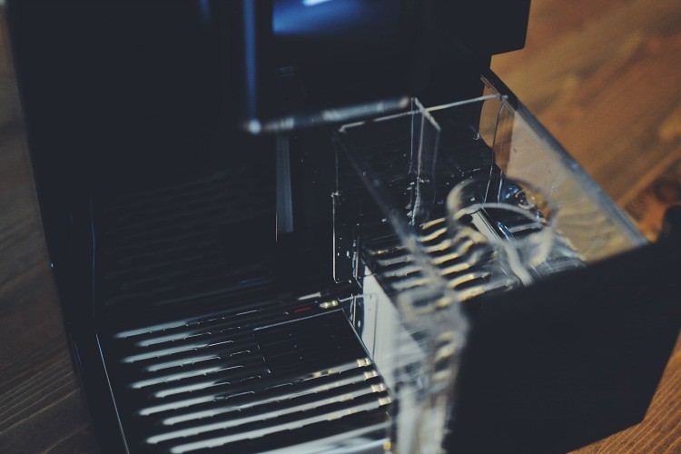 bean to cup coffee machine water tray