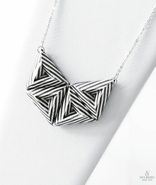 An Origami Paper Necklace by SheilAnemoS Origami Design