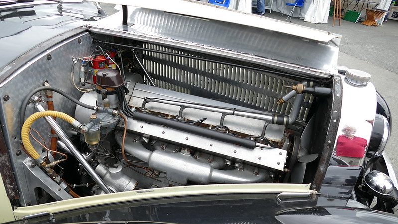 Bugatti Berline 4 portes châssis 57477 - Festival Héritage Juin 2017  34743465963_0735595524_c