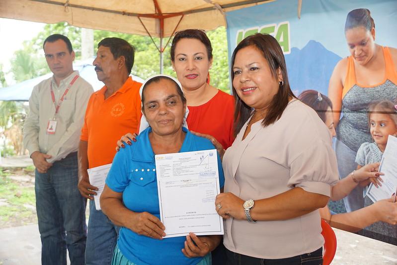 Familias de Cooperativa Chanmico, recibieron sus escrituras