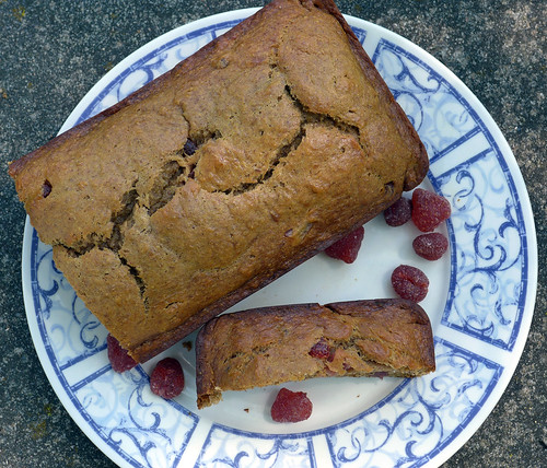 2017-06-10 - Strawberry Banana Bread - 0012 [flickr]