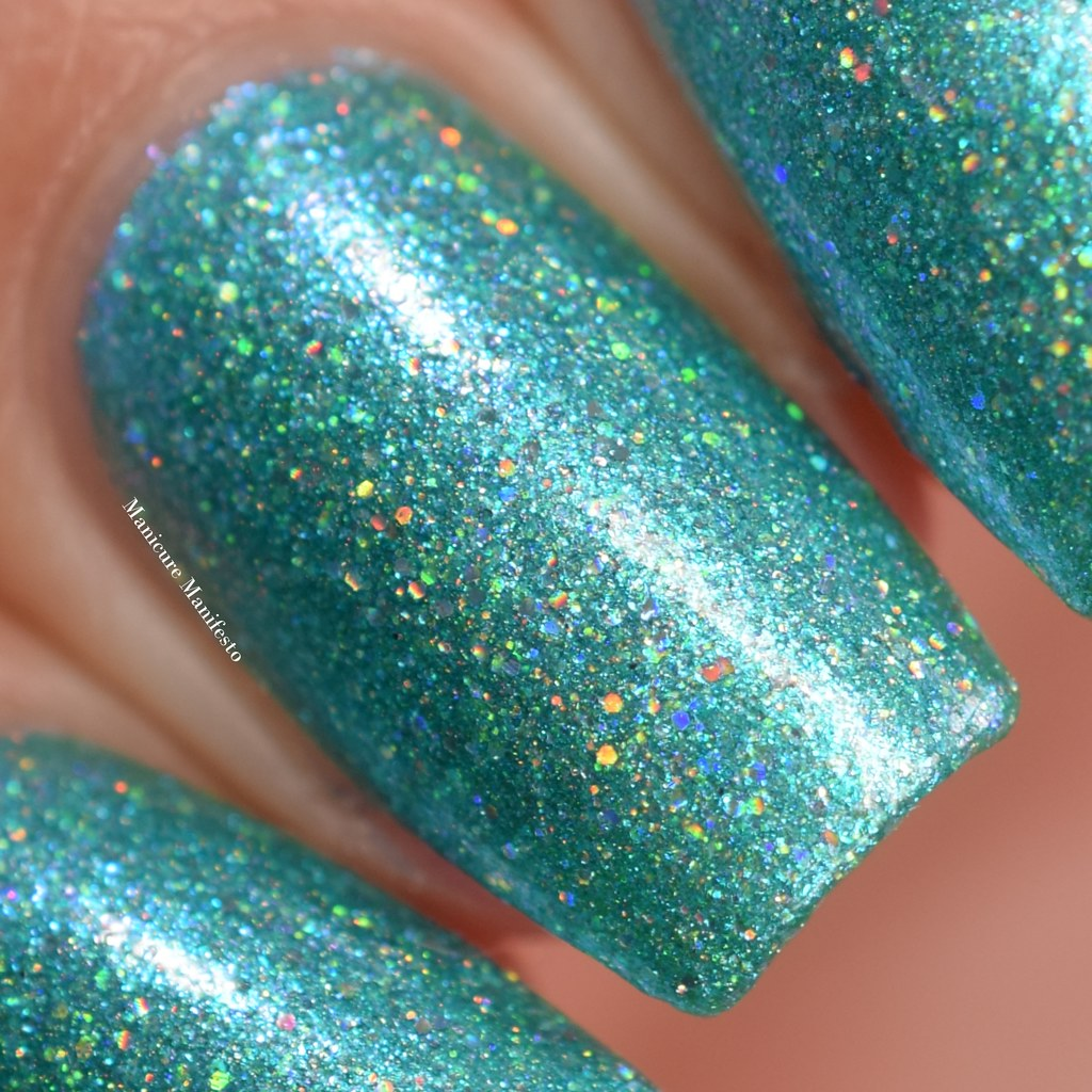 Girly Bits Mermaid Of Honour swatch