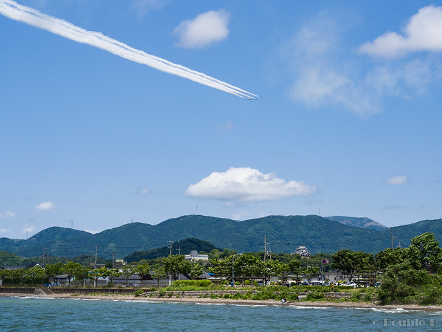 Blue Impulse's rehearsal flight for the 410th anniv. of Hikone Castle (13) Pyramid Low Pass