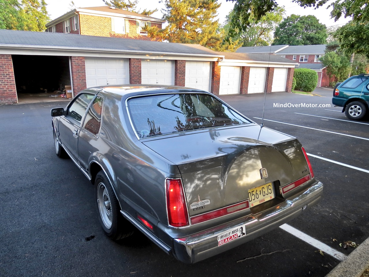 Lincoln Mark VII Rear