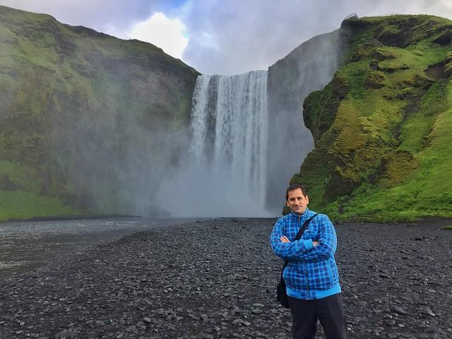 Sele en Skogafoss (Islandia)