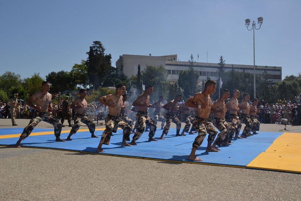 موسوعة الصور الرائعة للقوات الخاصة الجزائرية - صفحة 62 34997728004_5fdef715ee_o