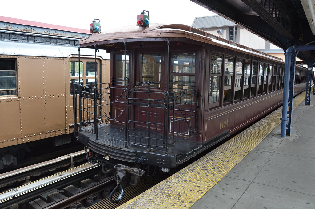 New york transit museum hosts the parade of trains at brig for Nyc transit museum hours