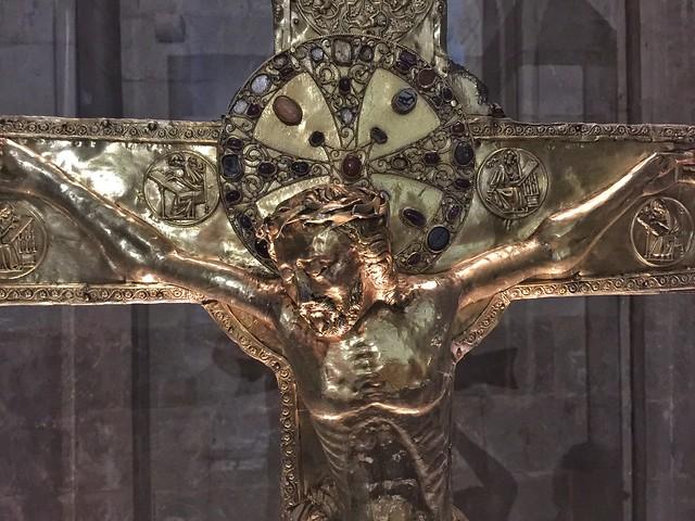 Cruz del Monasterio de Santa María de Vilabertrán (Alto Ampurdán, Girona)