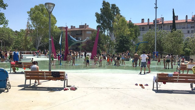 Inauguració dels jocs d'aigua de la plaça de Catalunya