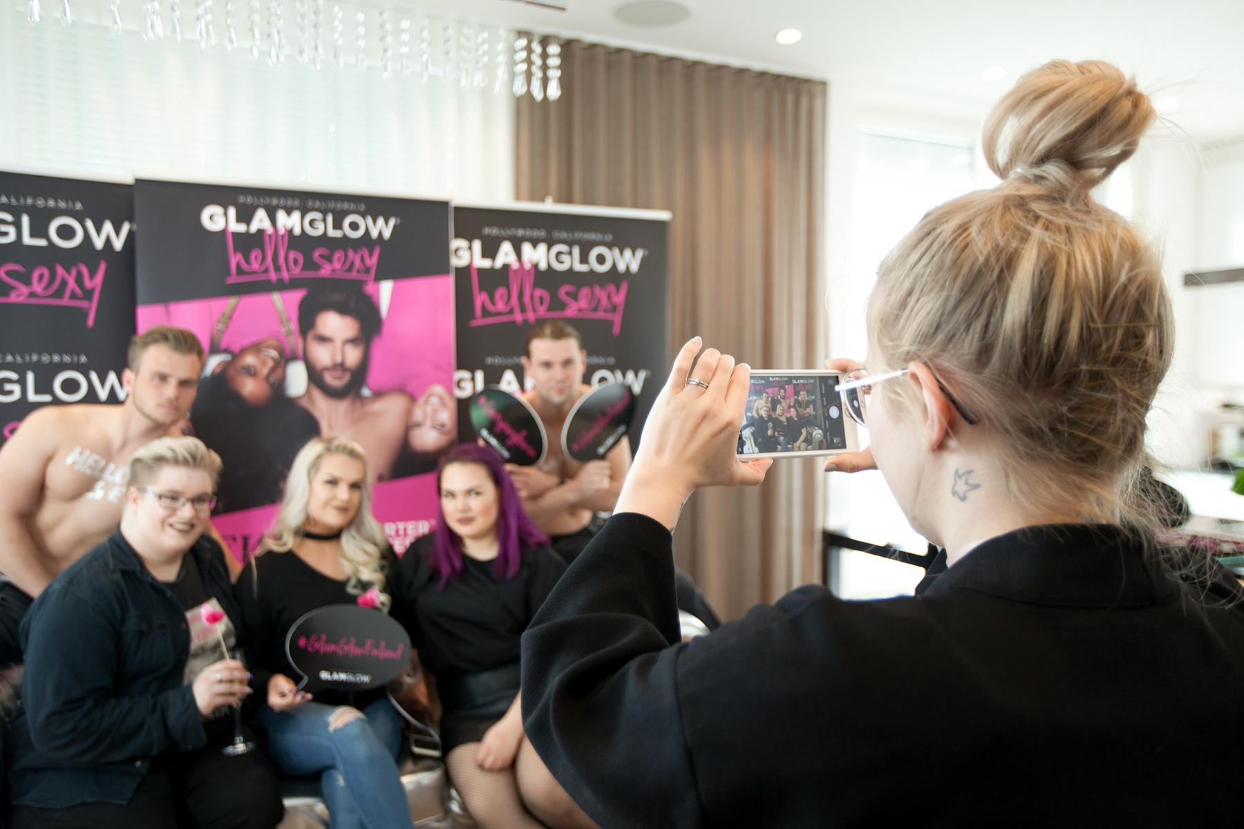 7 glamglow suomi finland pr event successstory pr emilia nummelin aarni mikkola jenni janas liese jokiperä