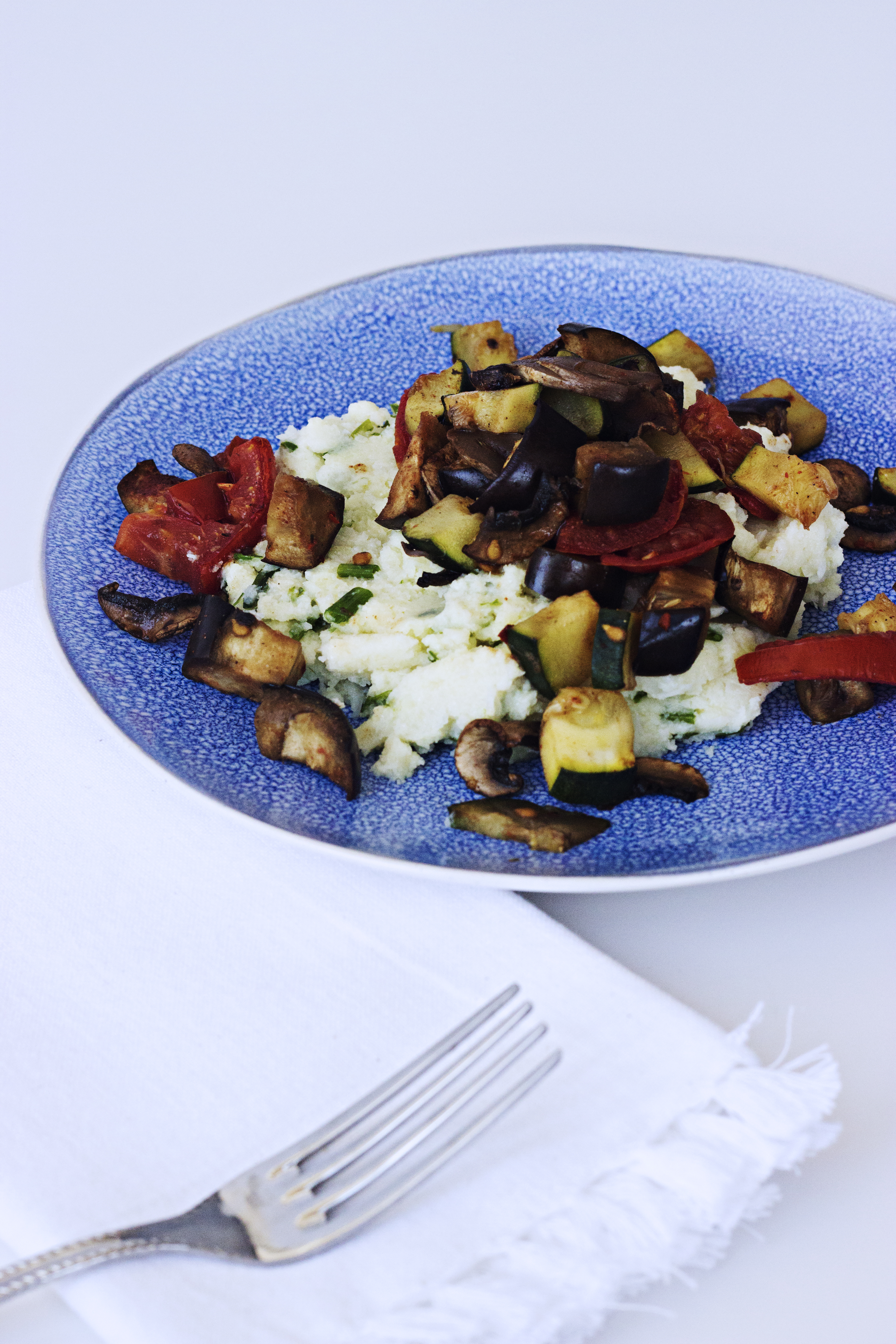 Vegetais Assados com Creme de Couve-flor / Roasted Vegetables with Creamed Cauliflower