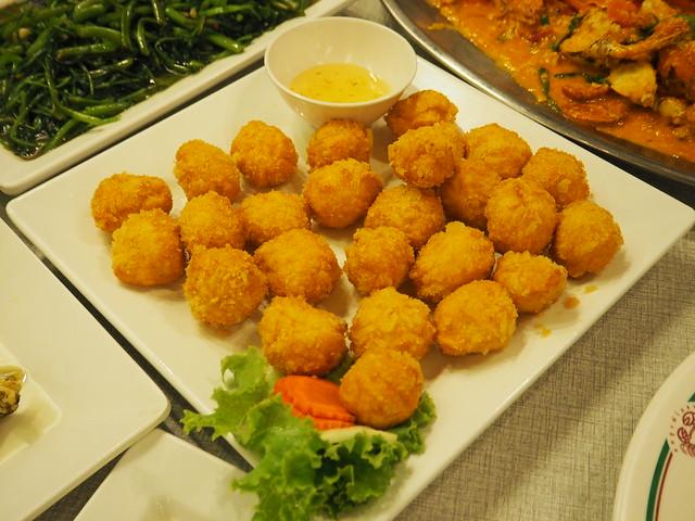 P6212369 ソンブーン・シーフードレストラン スラウォン店(Somboon Seafood Restaurant surawong) bangkok thailand バンコク タイ