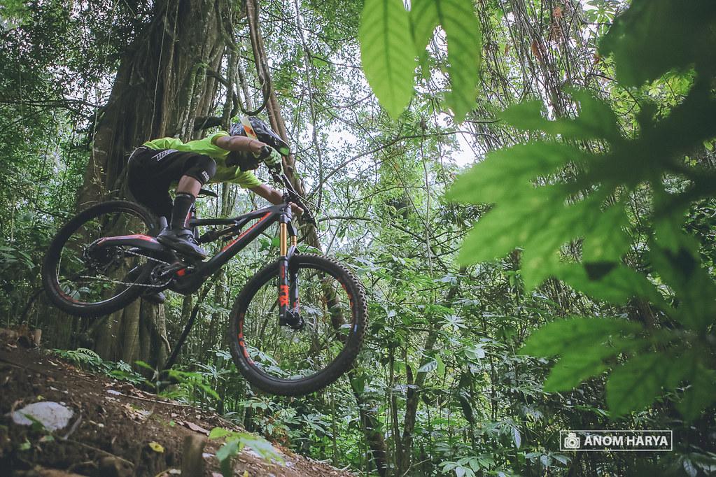 Jumping on Bali Bike Park