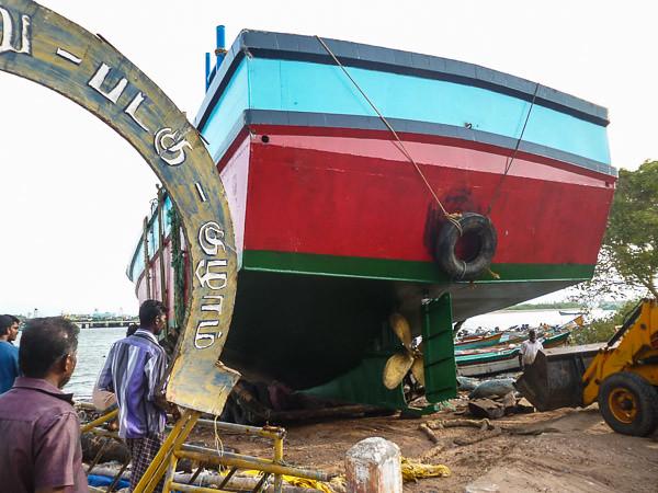 Trawler launch 930
