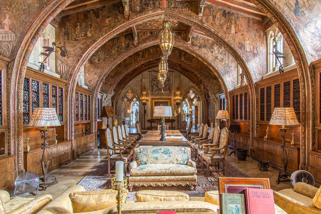 Hearst Castle Library This Is The Magnificent Library In