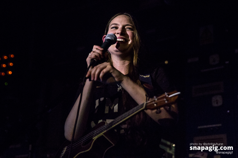 Staves-Manchester-31-5-17-15