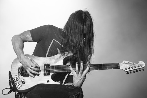 GL- Nuno Bettencourt