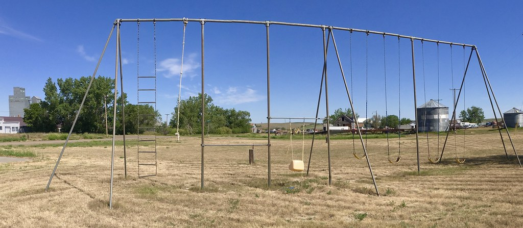 The Biggest Swing Set Ever In Montana This Thing Is Huge Flickr