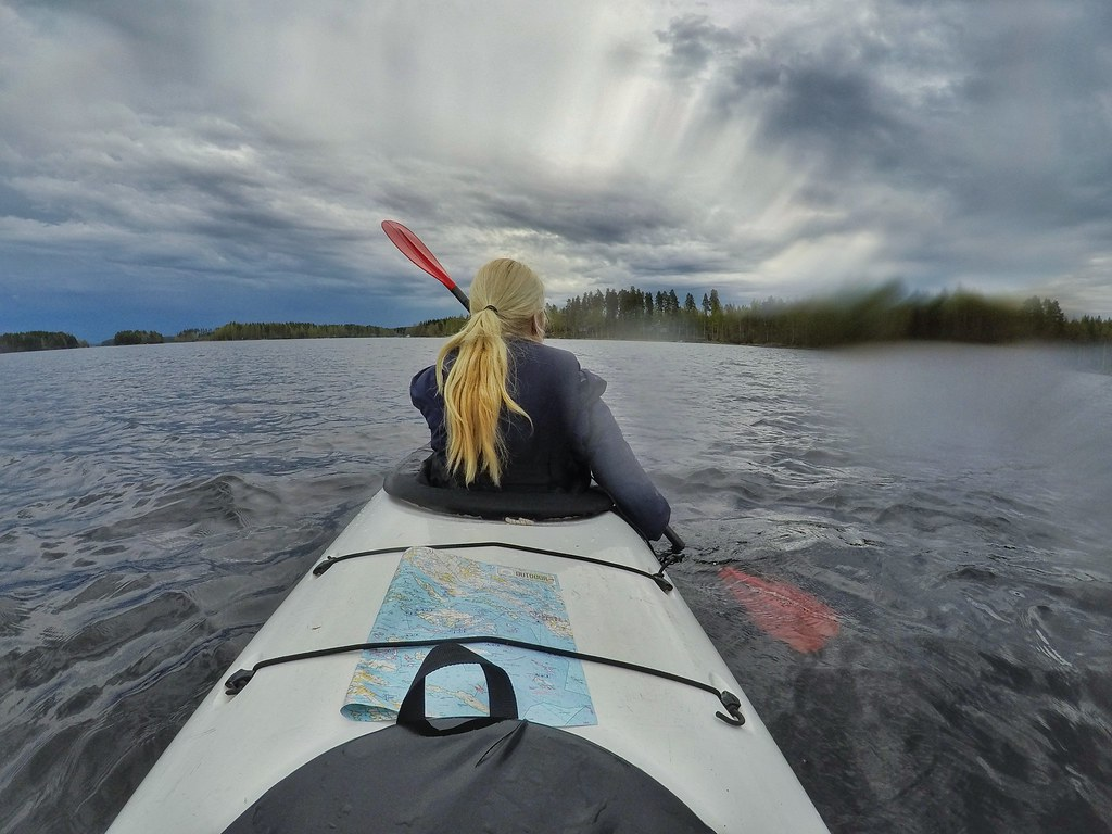 Kayaking on Lake Saimaa – How an easy paddling trip turned into an exciting extreme adventure | Live now – dream later travel blog