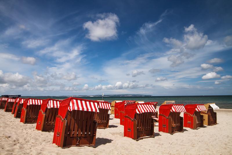 Strandkörbe am Meer Ostsee