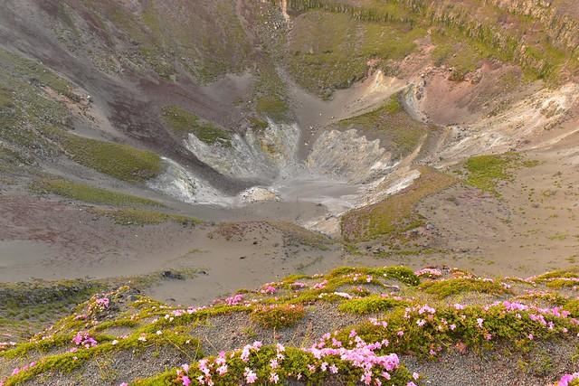 高千穂峰の火口
