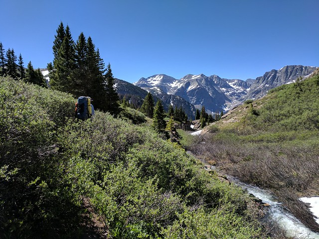 On trail between Lost Lake and Verde Lakes