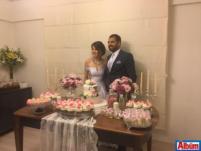 Asya Sarı, Anıl Ulaş Övençoğlu nişanlandı