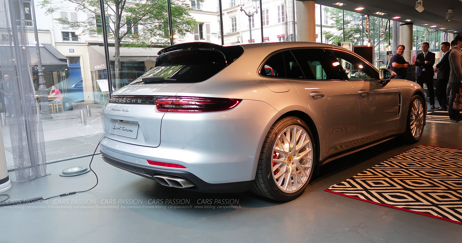 Porsche-panamera-Turbo-Turismo-2017 (10)
