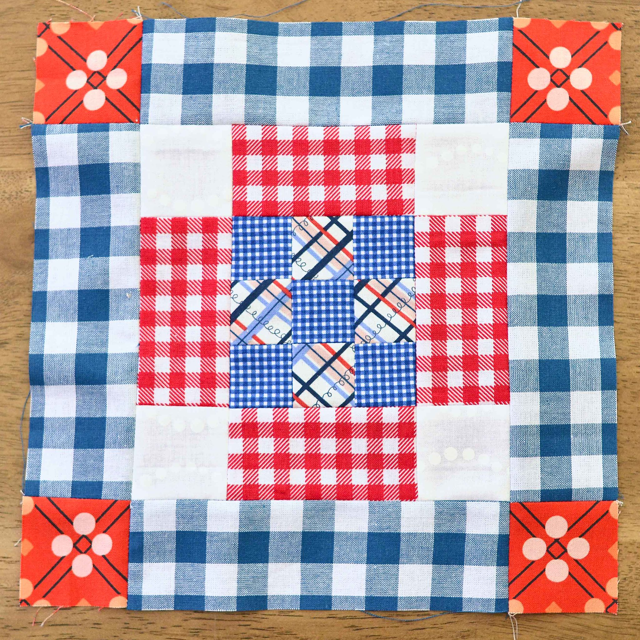 The Fussy Cut Sampler QAL Block 21